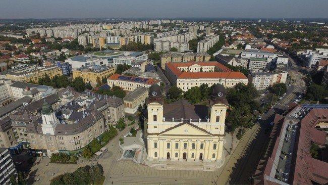 Debrecen nevei összeszedve.